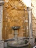 fontaine-cour-des-mineurs-3497713048-1935