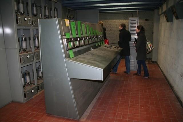 c17-tour-cybernetique-poste-controle-1-953